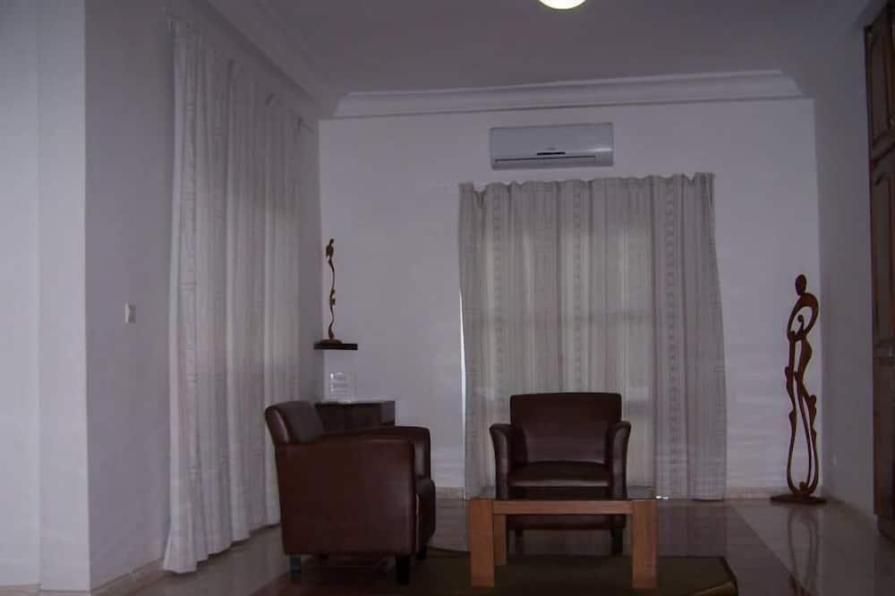 Numeris senjorams, 1 labai didelė dvigulė lova, Nerūkantiesiems - Svetainės zona