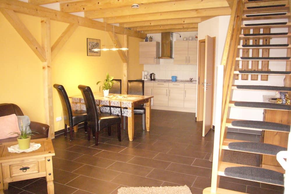 Семейные апартаменты (IV) - Зона гостиной