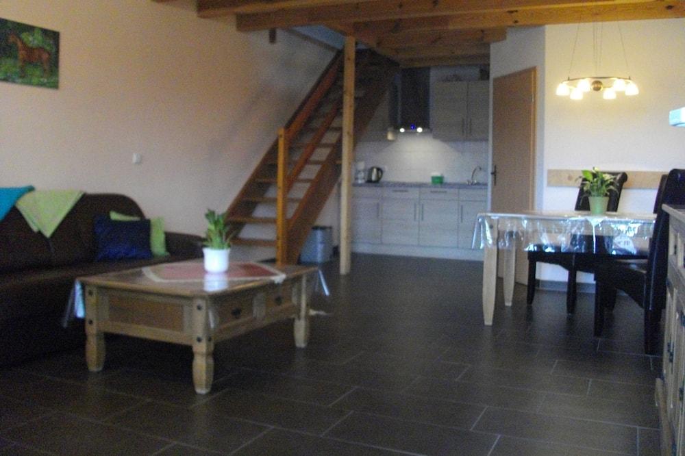 Семейные апартаменты (III) - Зона гостиной
