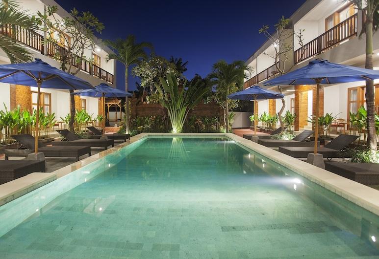 薩哈德瓦套房住宅酒店, 科洛布坎, 室外泳池