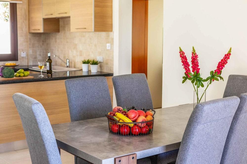Villa, 3 chambres, piscine privée, vue mer - Restauration dans la chambre