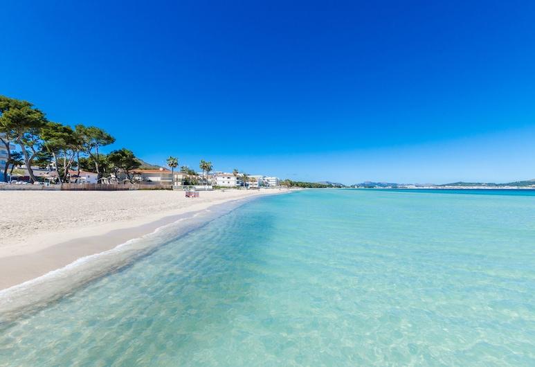 YourHouse Monges, Santa Margalida, Plaj