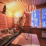 Cabin, River View (Lehti Main) - Living Area
