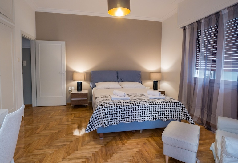 Capricorn - Luxurious Apartment in Kolonaki, Atenas, Apartamento, Quarto
