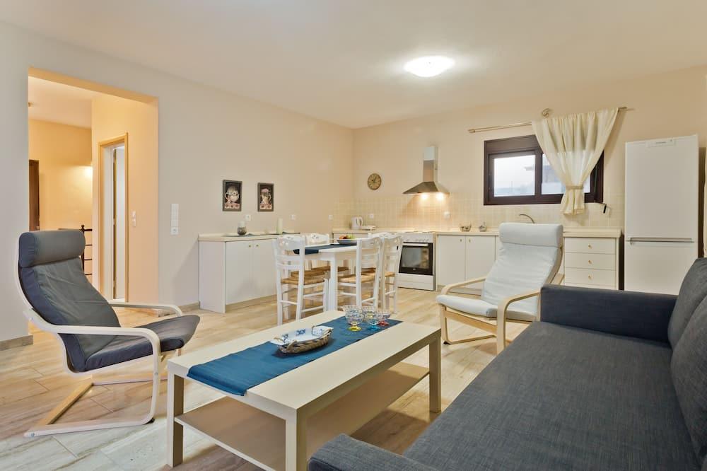 Villa, 2 Bedrooms - Living Room