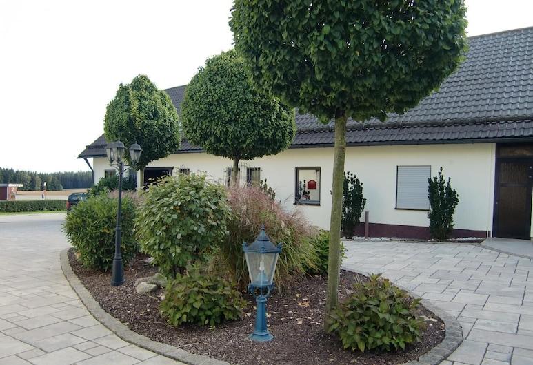 Landhotel Fuchsbau, Vohenstrauss, Okolica objekta