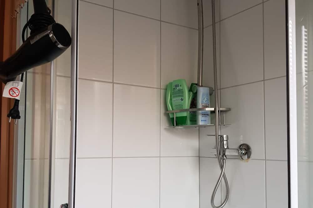 Apartment, Multiple Beds, Non Smoking - Bathroom Amenities