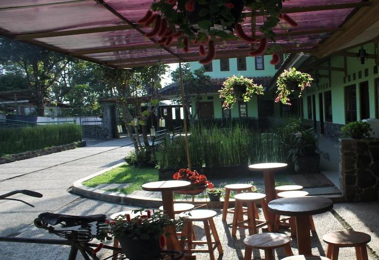 Graha Atmadja Syariah Lembang, Lembang, Terrace/Patio