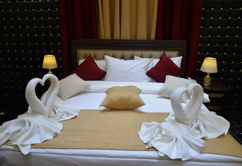 Relaxing Oasis Villa, Wadi Musa, Deluxe Δίκλινο Δωμάτιο (Double), Μπαλκόνι, Κουζίνα στο δωμάτιο