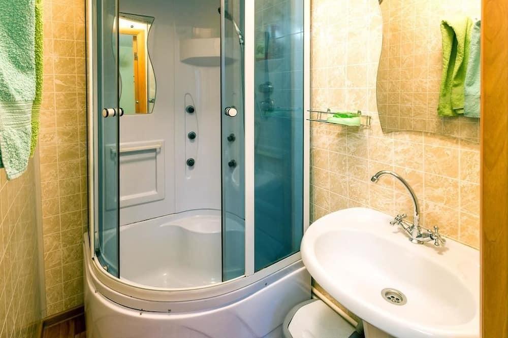 Jednolůžkový pokoj, dvojlůžko, nekuřácký - Koupelna