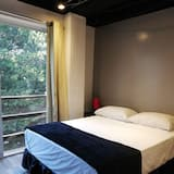 Superior Room, 1 Queen Bed, River View - Guest Room