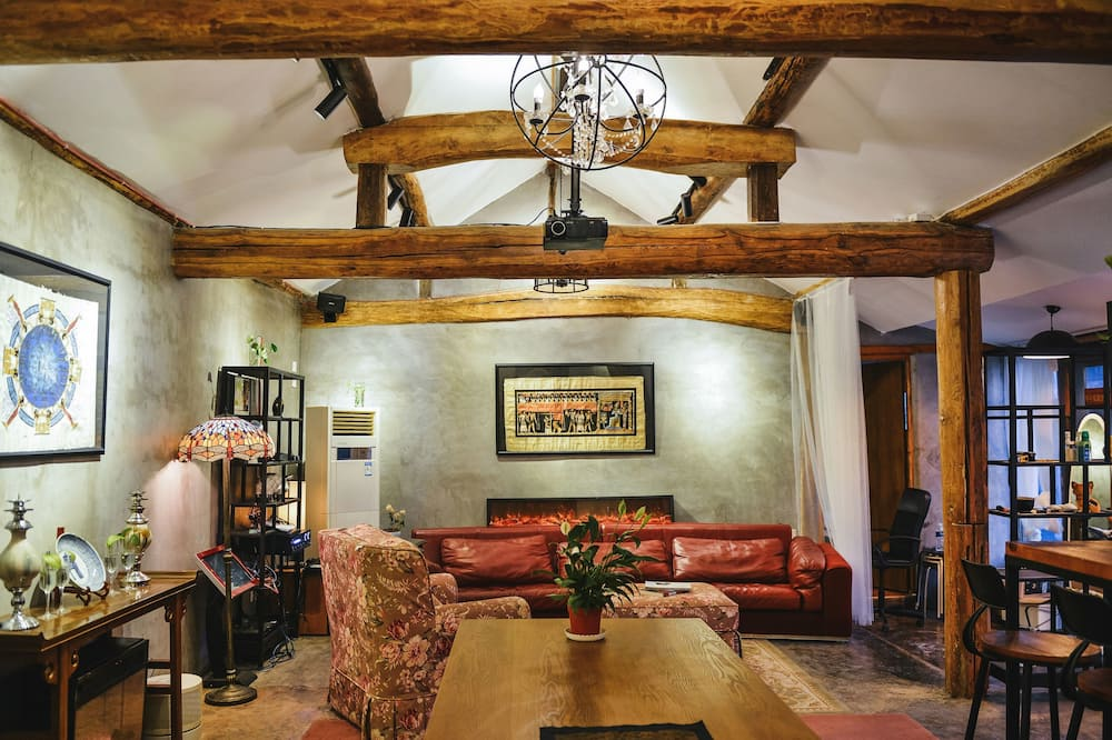 Traditional House - Living Area