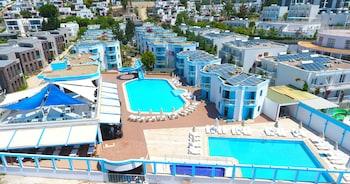 תמונה של Carina Resort Hotel  בבודרום
