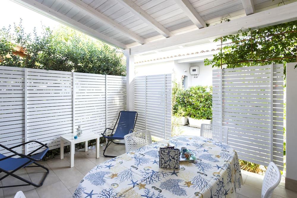 Casa Confort, vista al jardín (Bilo 66) - Sala de estar