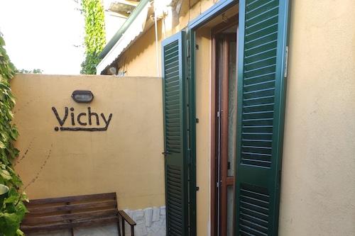 VichyeNichy/