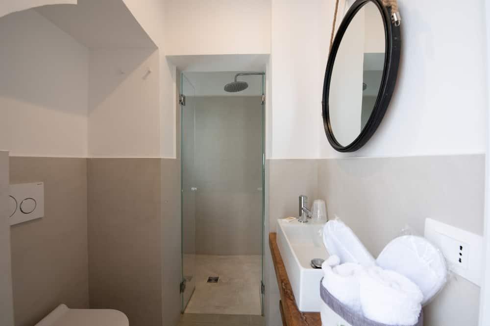 Tradiční pokoj s dvojlůžkem, dvojlůžko (180 cm) - Sprcha
