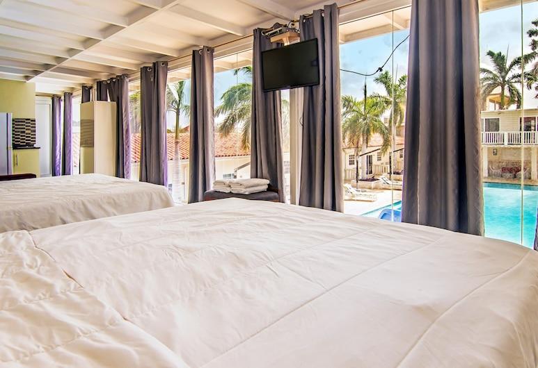 Curacao Savanah Resort, Willemstad, Standard Quadruple Room, 2 Queen Beds, Non Smoking, Guest Room