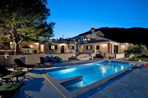 Fünf-Sterne-Luxus-Villa