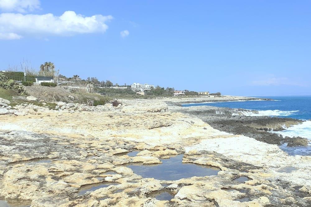 Neljatuba - Vaade rannale/ookeanile