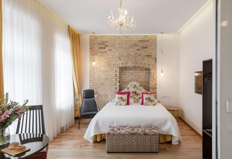 Cinko, Vilnius, Luxury kahetuba, rõduga, Lõõgastumisala