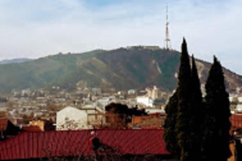 Standard kahetuba, vaade linnale - Veranda