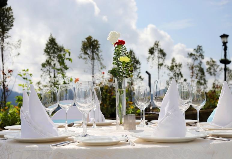 Welcomhotel By ITC Hotels Shimla, Shimla, Terraço/Pátio Interior