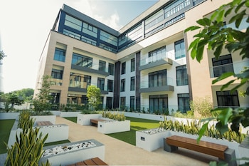Picture of Accra Luxury Apartments @ The Gardens in Accra