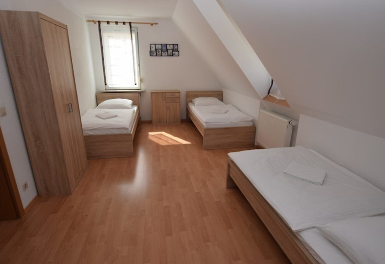 AB Apartments 110 & 111, Stuttgart, Apartmán, 2 spálne (110), Izba