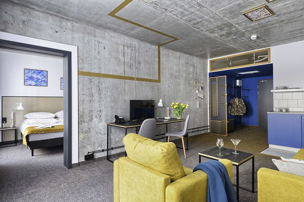 Paaugstināta komforta dzīvokļnumurs, 1 divguļamā karalienes gulta, nesmēķētājiem - Dzīvojamā istaba