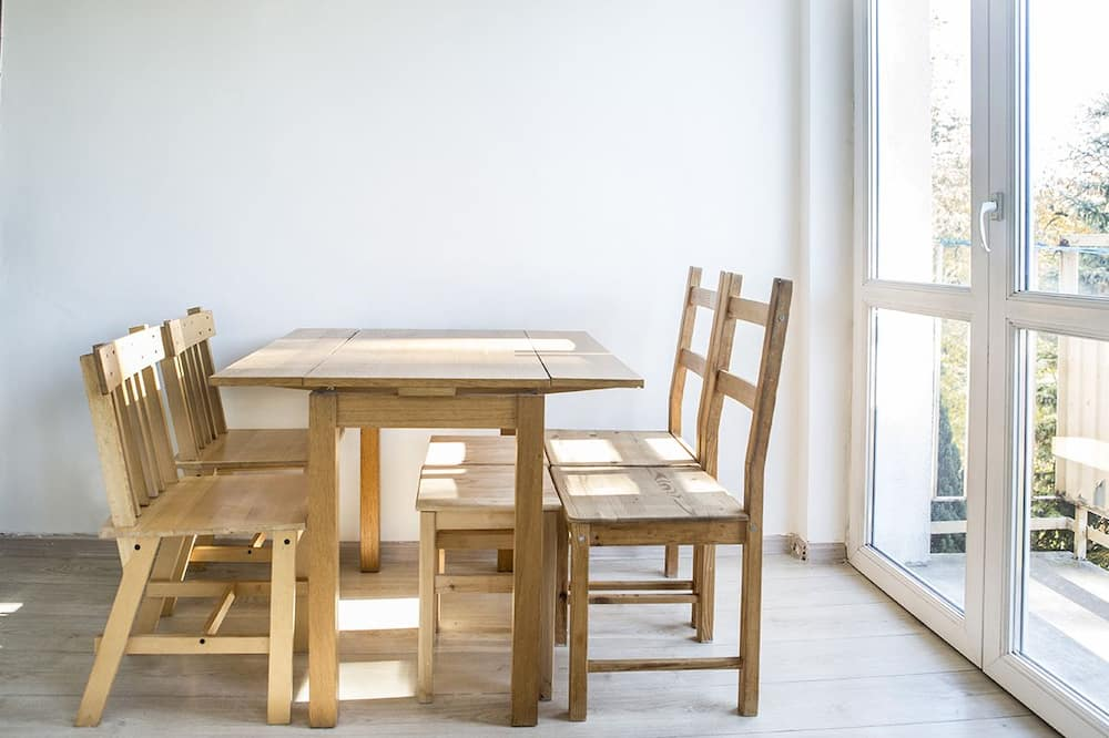 舒適公寓, 多張床, 非吸煙房 - 客房餐飲服務