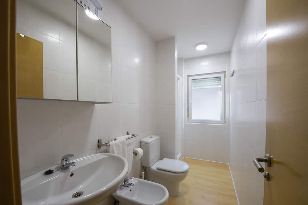 Standard Διαμέρισμα, 2 Υπνοδωμάτια, Θέα στη Θάλασσα - Μπάνιο