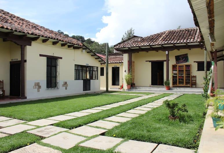 Casa Oikos - Hostel, San Cristóbal de las Casas, Innenhof