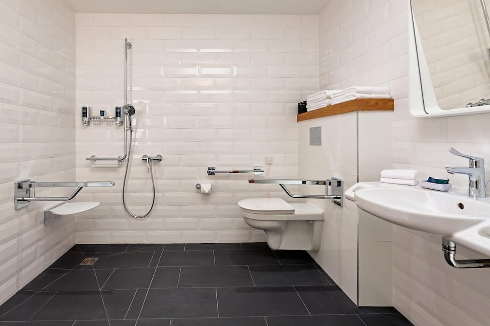 Klasikinio tipo kambarys, 2 viengulės lovos, Nerūkantiesiems - Vonios kambarys