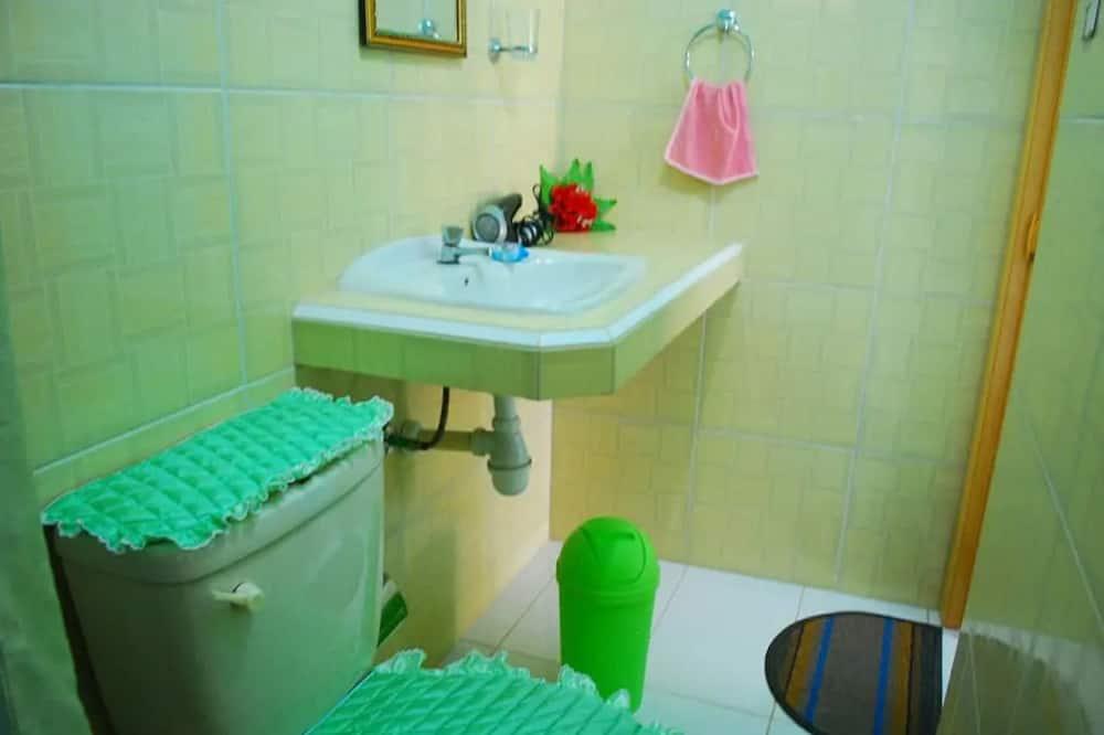 패밀리룸, 더블침대 2개, 금연 - 욕실