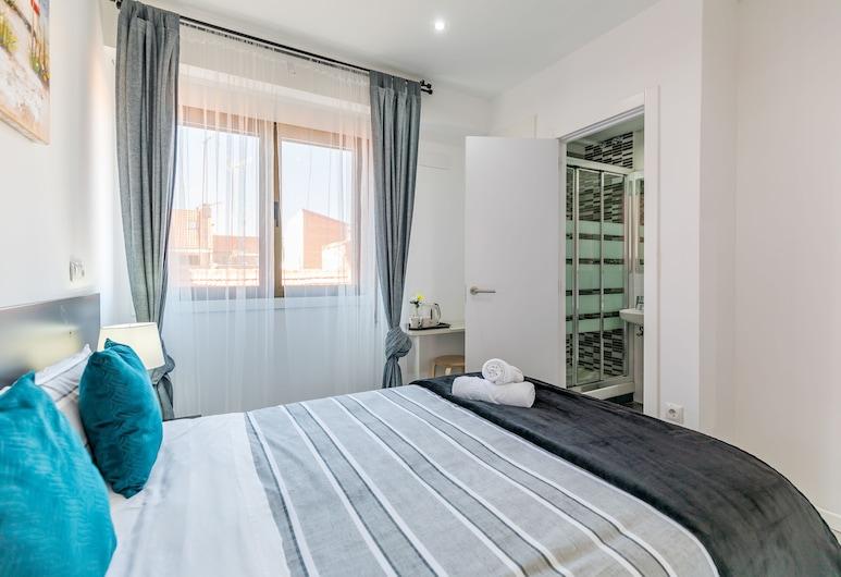A&Z Sierra de Meira - Only Adults, Madryt, Pokój dwuosobowy typu Comfort, prywatna łazienka, Pokój
