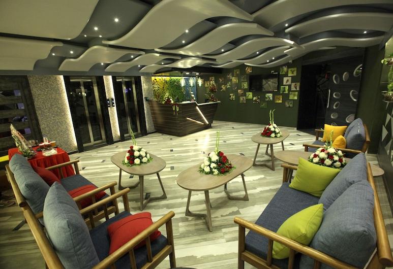 Humming Bird Hotel & Banquet, Anand
