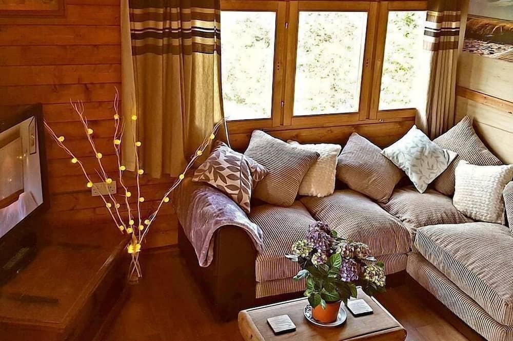 Hydrangea Lodge - Nappali
