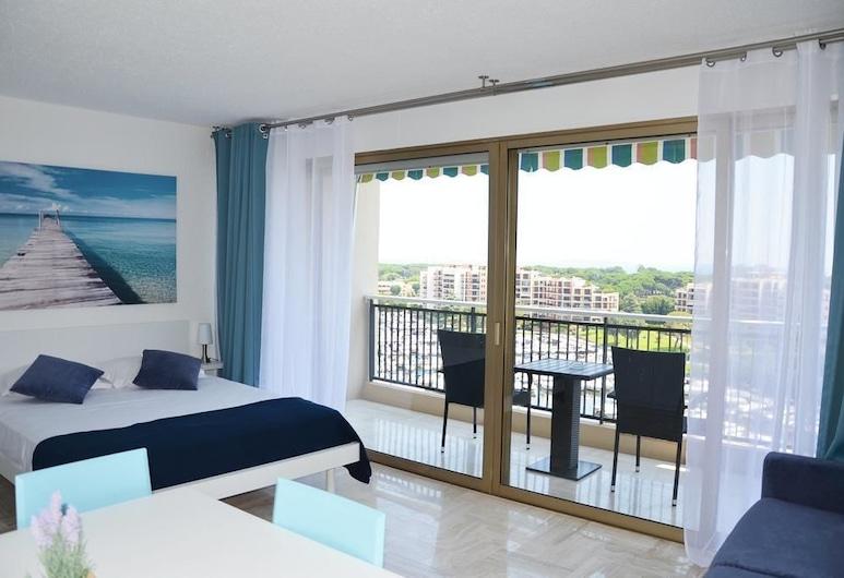 Cannes Marina Golf, Mandeljēlanapūla, Studijas tipa numurs, skats uz jūru, Dzīvojamā zona