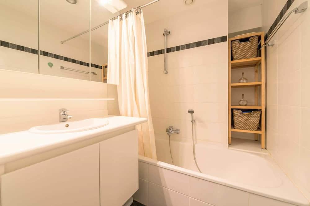 Apartment, 2 Bedrooms (Les Petrels 601) - Bad
