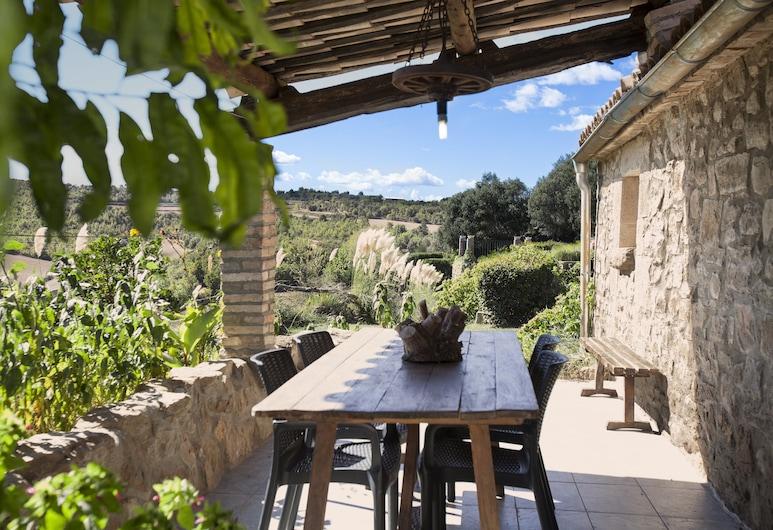 La Caseta de Sant Grau, Navès, Lleida, Maja, 3 magamistoaga, terrass, vaade mägedele, Terrass