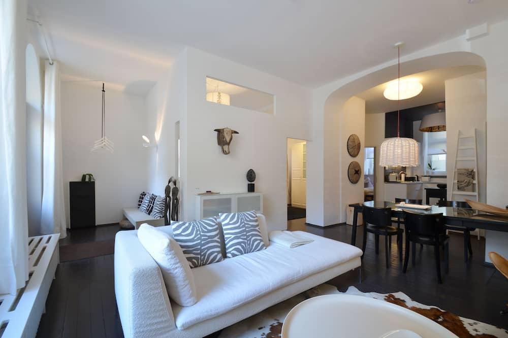 Apartament typu Design, widok na miasto, na parterze (Cocoma) - Salon