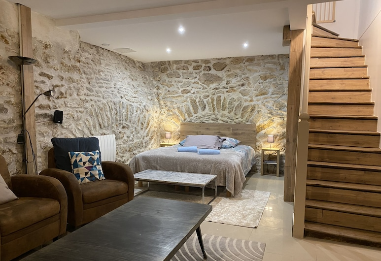 Condorcet, Paris, Basic Apartment, Room