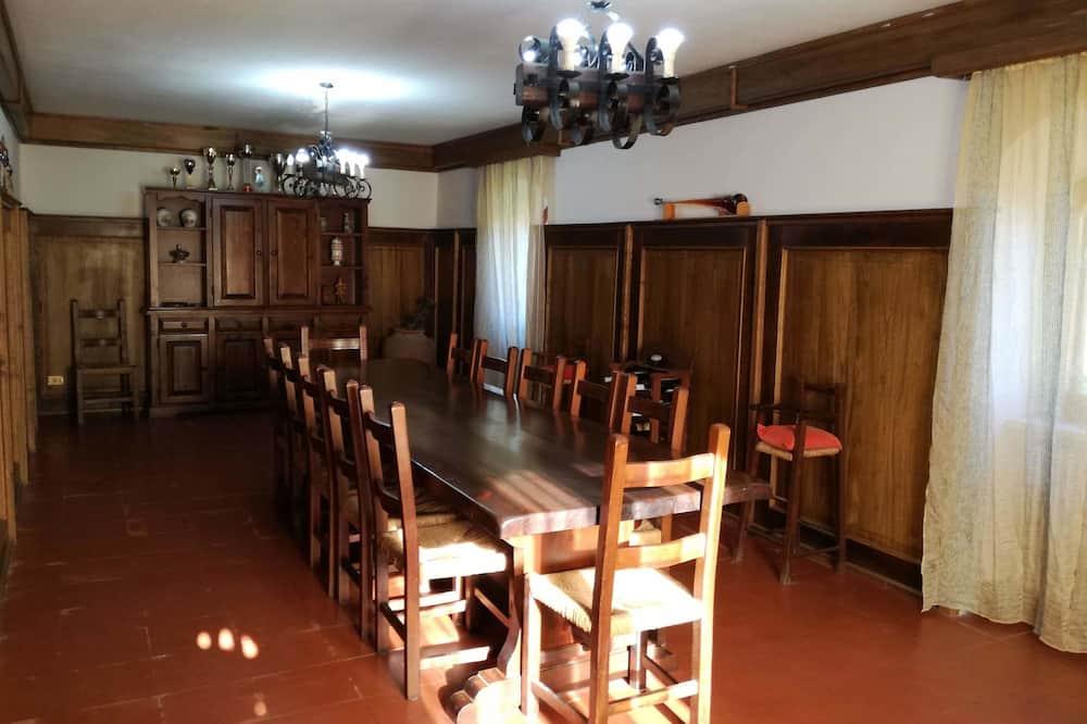 Comfort-Villa, 6Schlafzimmer - Wohnbereich
