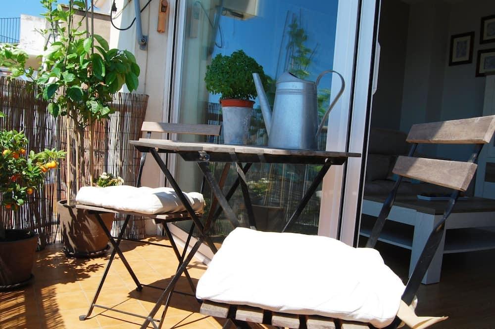 Apartment, Multiple Beds, Non Smoking, Sea View - Balcony