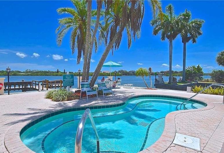 Palm Bay Club G46 - One Bedroom Condo, Siesta Key