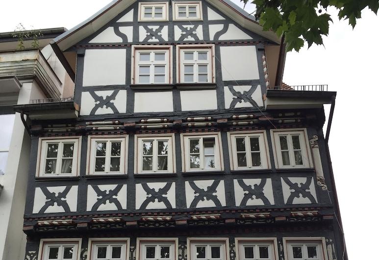 鮑梅斯特之家酒店, 巴德赫爾斯菲爾德