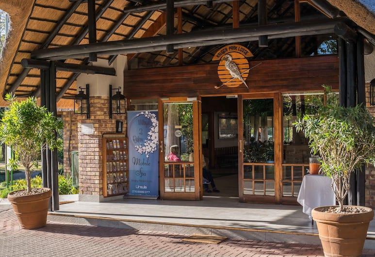 Kruger Park Lodge Unit No. 243, Hazyview, Reception