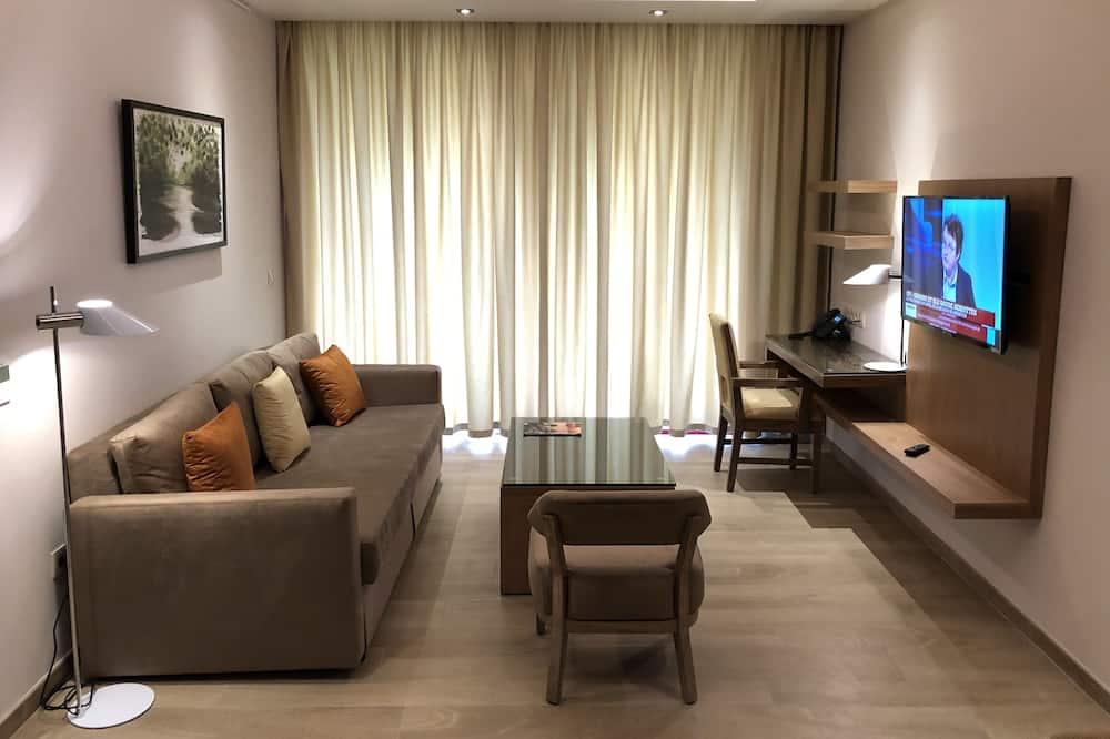 Executive Apartment, 1 Bedroom, Non Smoking, Garden View - Living Room