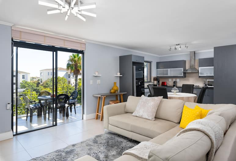 Quay North 303, Cape Town, Premier Apartment, 2 Bedrooms, Living Area
