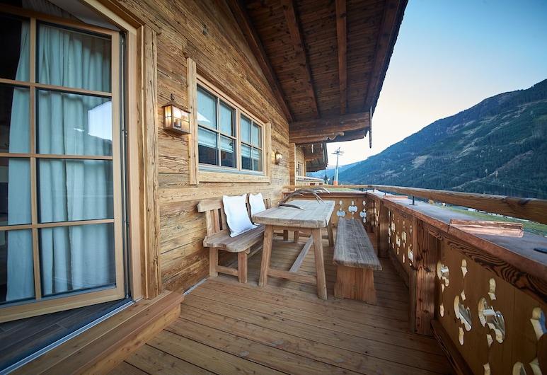 Panorama Luxury Chalets, Saalbach-Hinterglemm, Luxe chalet, 2 slaapkamers, uitzicht op bergen (Chalet - KRISTALL), Balkon